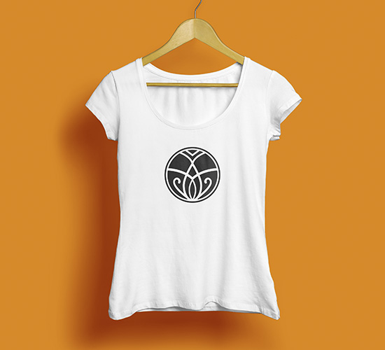 Frauen T-Shirt Airport Fitness Zürich